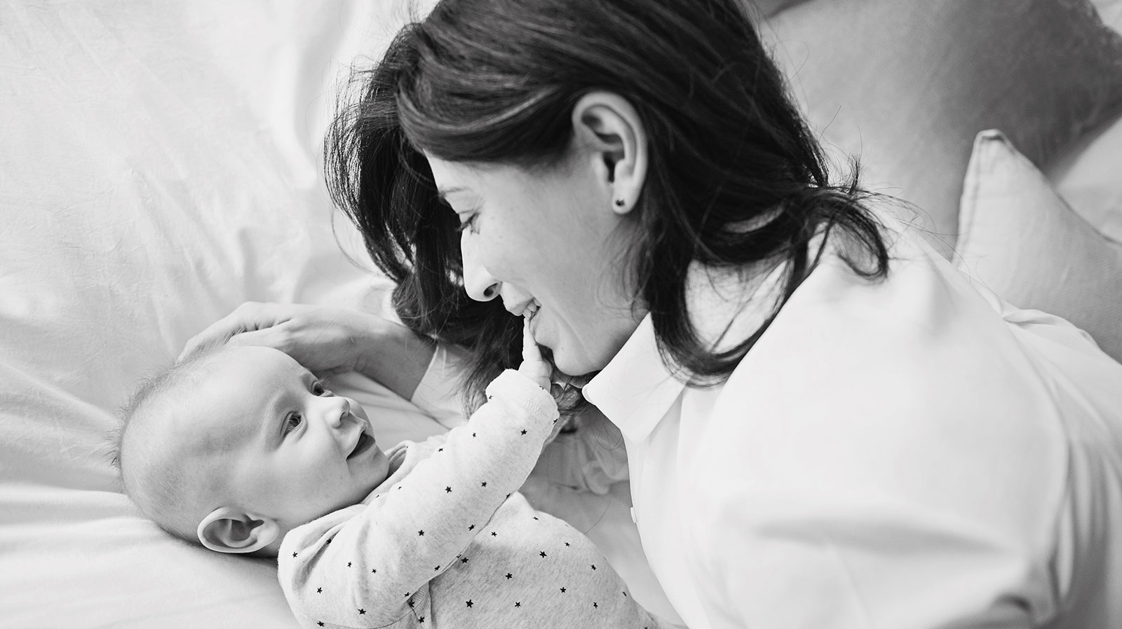 Teddington maternity photographer